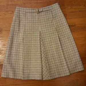 Brooks Brothers houndstooth pleated wool skirt